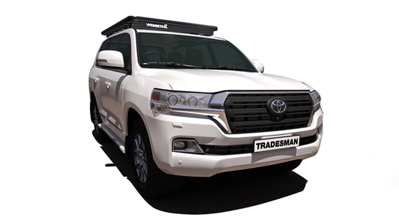 Toyota LandCruiser 200 Series with Wedgetail roof rack installed as vehicle hero image.