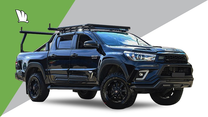 Toyota HiLux 2020 Dual Cab with Wedgetail roof rack installed.